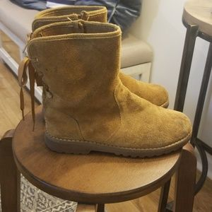 Uggs lace up boot
